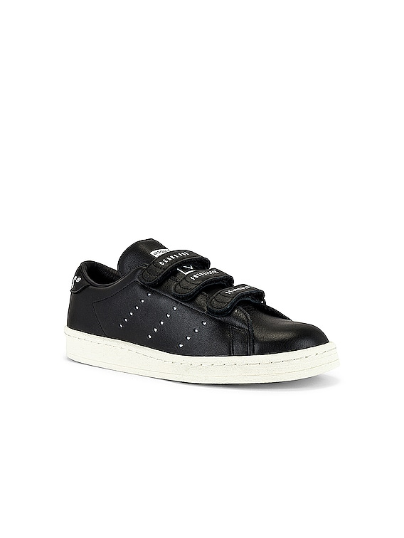 Master Sneaker in Black