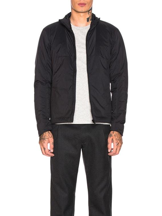 Mionn Is Jacket in Black
