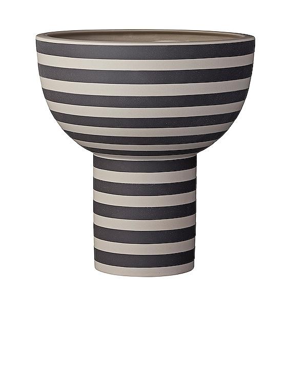 Varia Vase in Ash & Black
