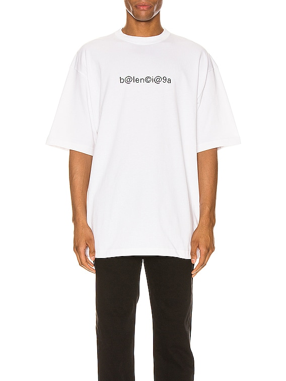 Short Sleeve Large Fit in White & Black