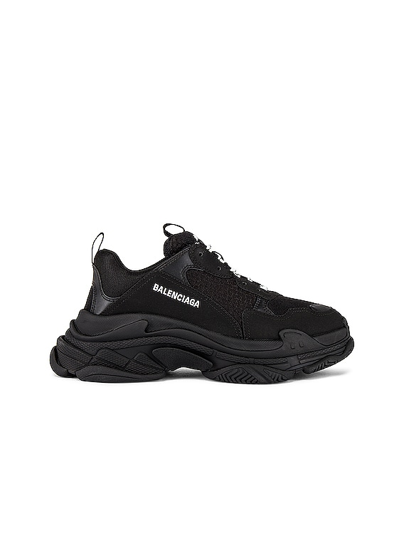 Triple S Sneaker in Black