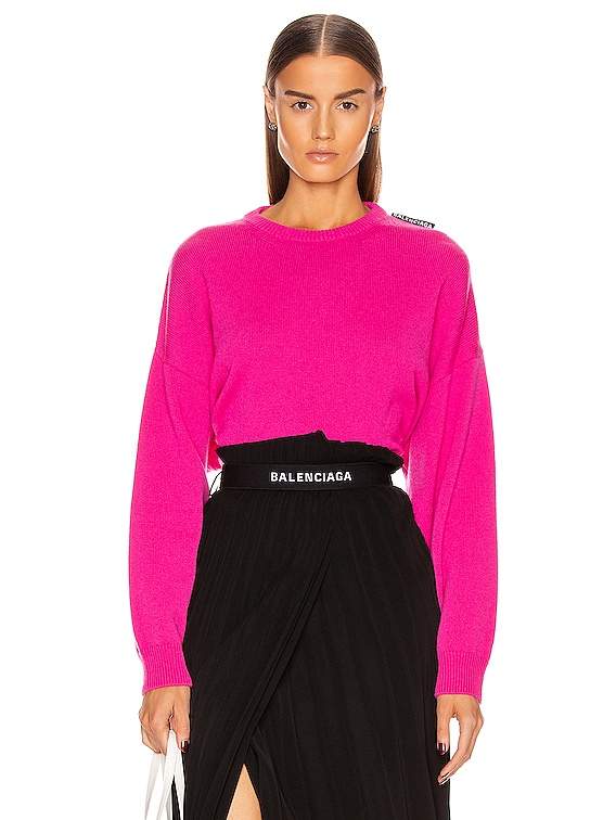 Long Sleeve Crew Neck Sweater in Shocking Pink