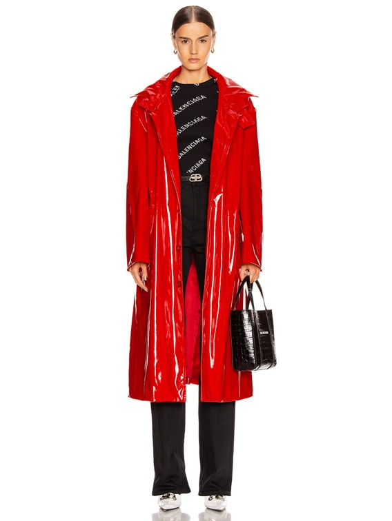 Fitted Trench in Masai Red