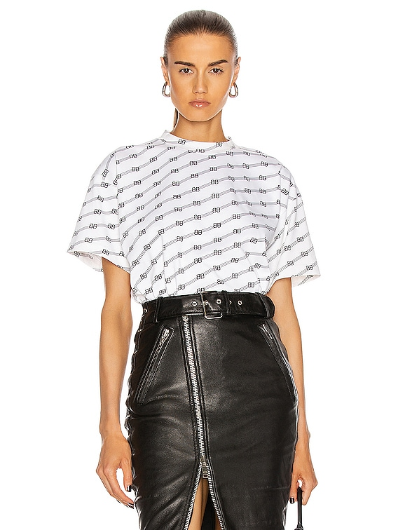 Medium T Shirt in White & Black