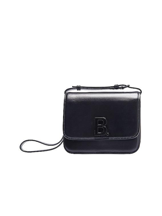 Pornografía botón Artista  Balenciaga Medium B Bag in Black | FWRD