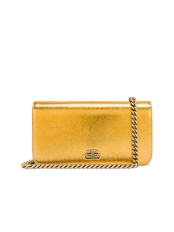 BB Phone Holder Chain Bag in Gold