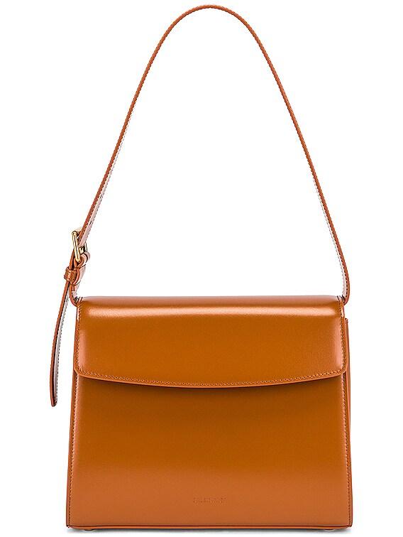 Medium Belt Bag in Camel
