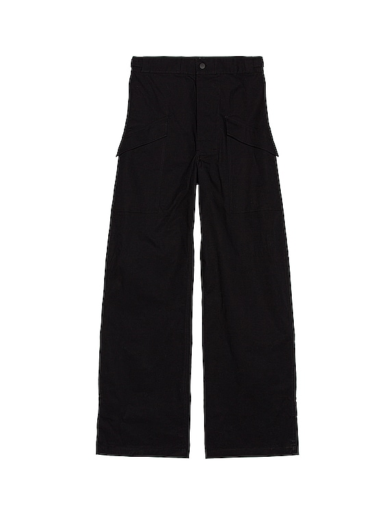Cargo Pants in Black