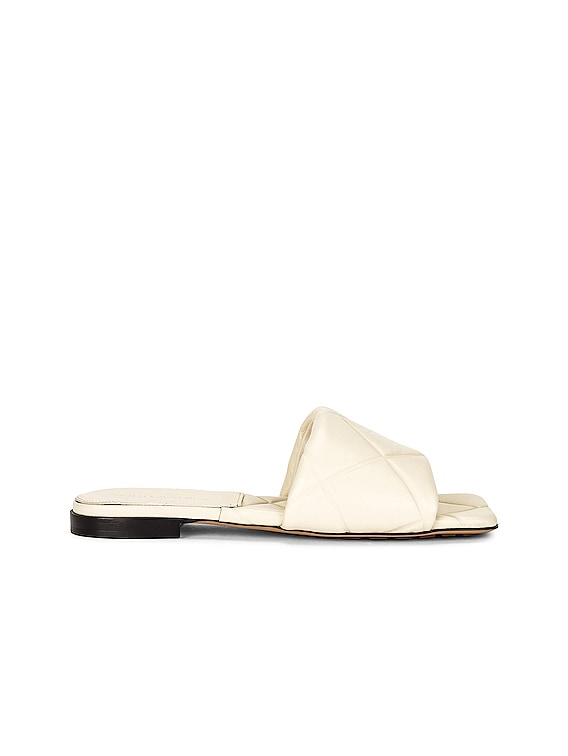 The Rubber Lido Sandals in Wax