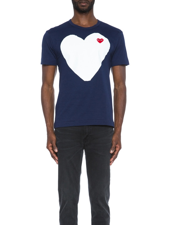 Red Emblem Cotton Heart Tee in Navy