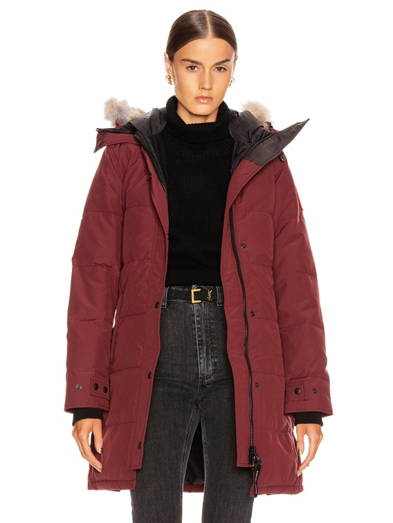 Shelburne Parka with Coyote Fur in Elderberry