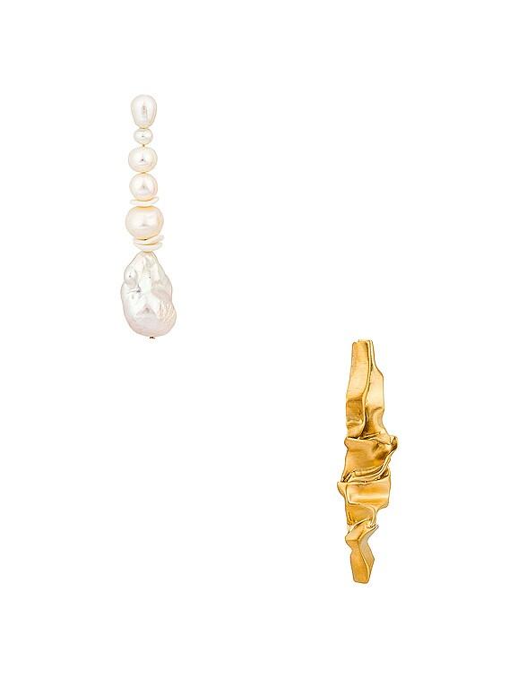 Crumple Earrings in Gold & Pearl