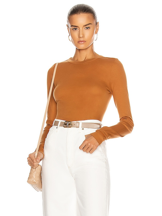 for FWRD Fitted Long Sleeve Crew in Toffee