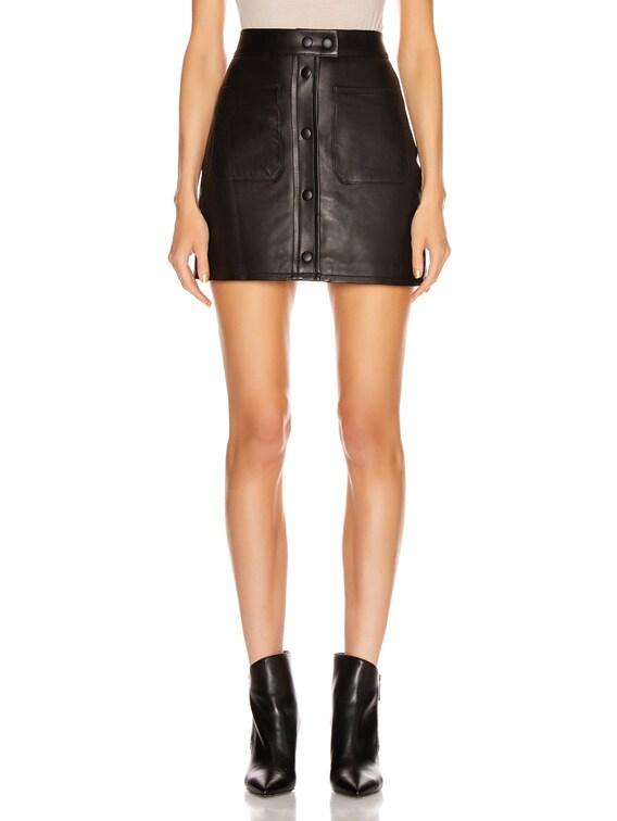 Patch Pocket Skirt in Noir