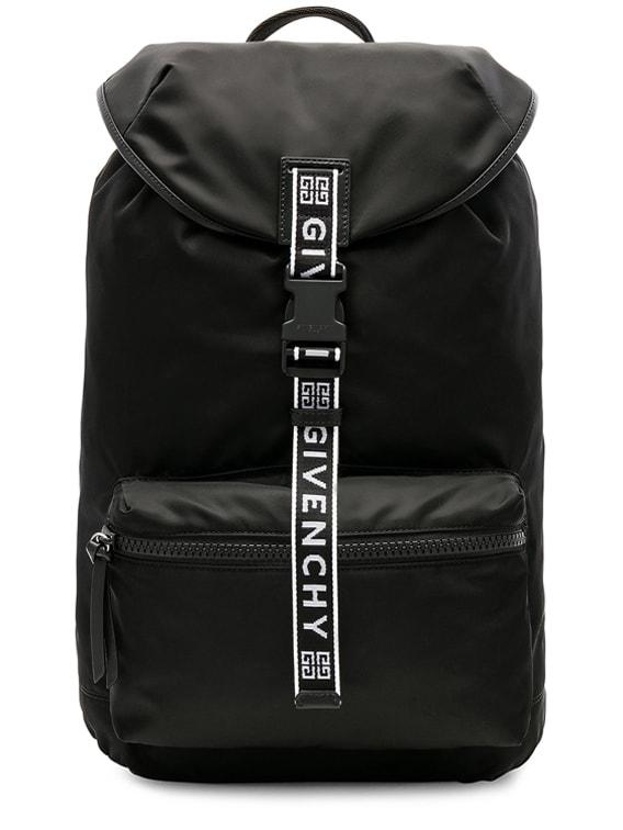 Light 3 Backpack in Black