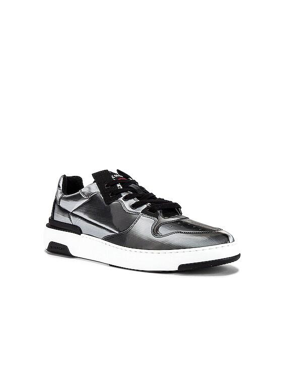 Wing Low Top Sneaker in Grey