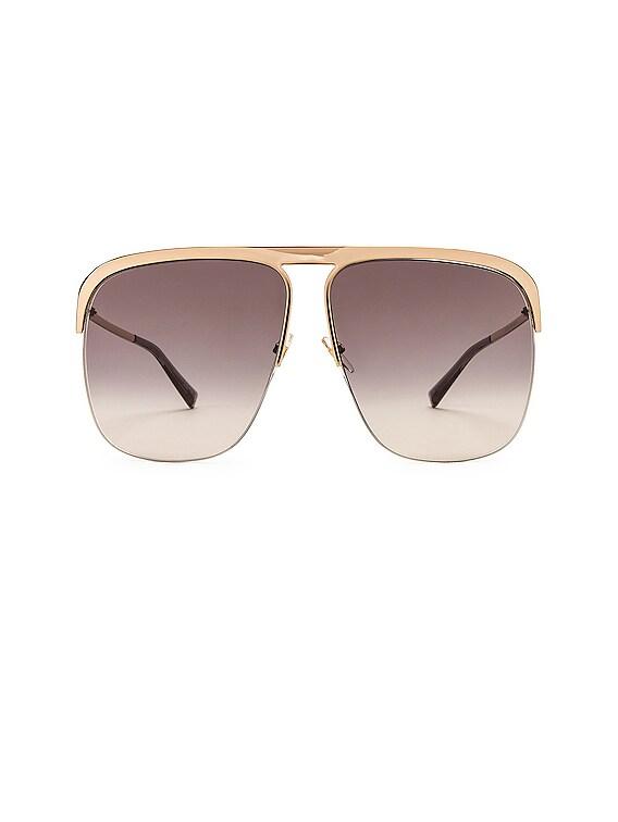 Metal Aviator Sunglasses in Dark Grey Gradient & Gold
