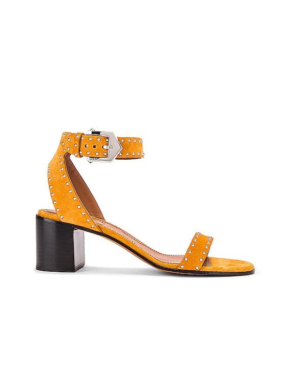 Elegant Stud Sandals in Sienna
