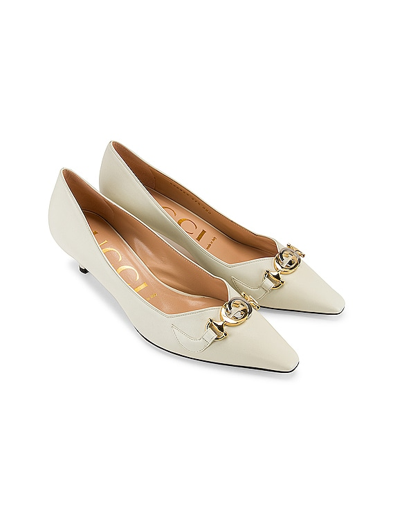 Low Heel Pumps in Dusty White