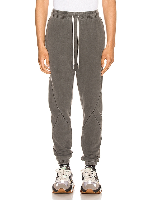 Loose Stitch Sweats in Washed Black