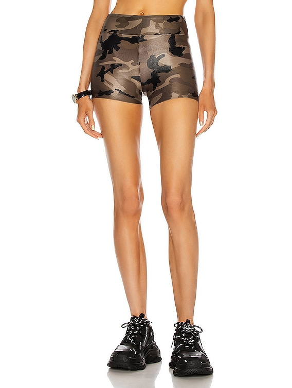 Hot High Rise Infinity Shorts in Camo