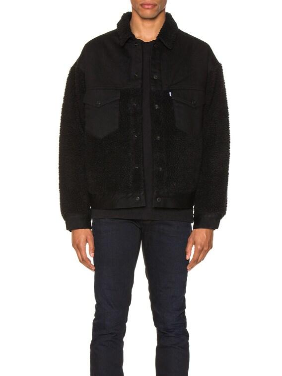 Oversized Sherpa Trucker Jacket in Ivan Black