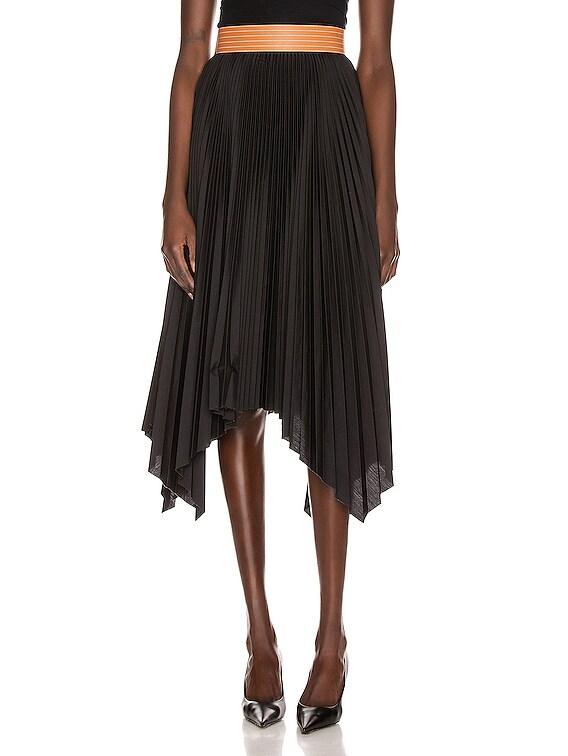 Pleated Skirt in Black & Tan
