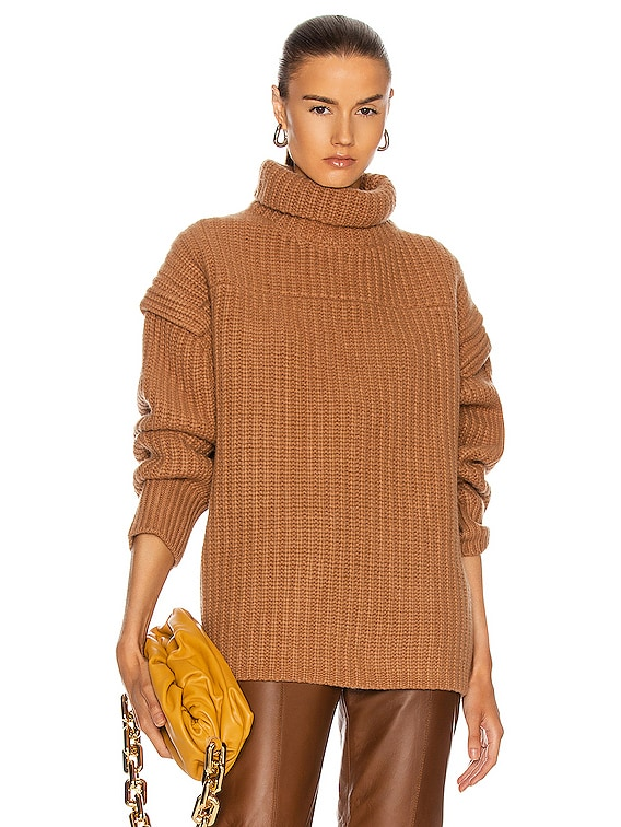 Parata Sweater in Camel