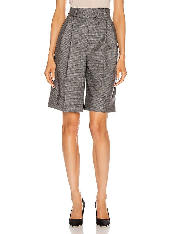 Cuffed Knee Length Short in Grey