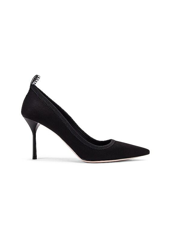 Pointed Toe Heels in Black