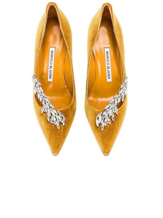 Nadira 90 Velvet Heel in Yellow
