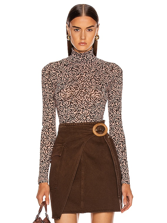 Madi Top in Graphic Animal Latte