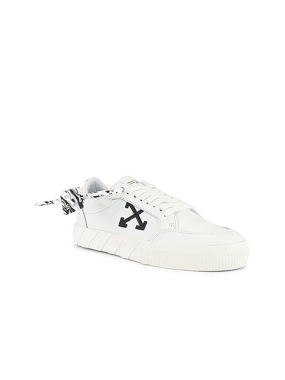 Low Vulcanized Sneaker in Leather White Iridescent