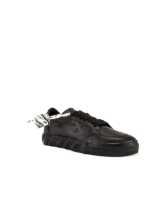 Low Vulcanized Sneaker in Leather Black Iridescent