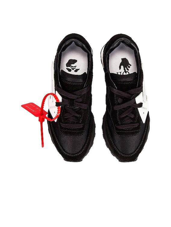 Hg Runner Sneaker in Black