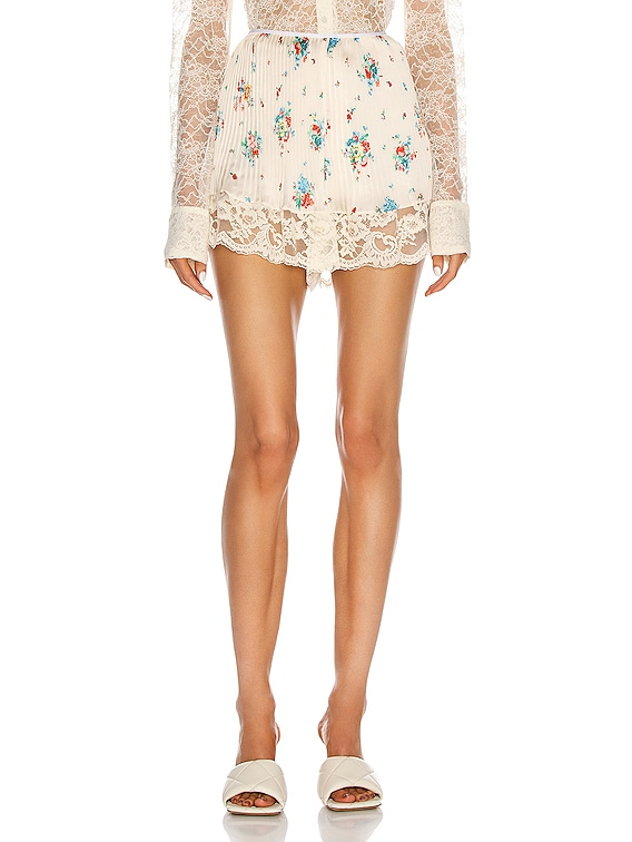 Shorts With Lace Hem in Ivory 90's Grungy Romantic