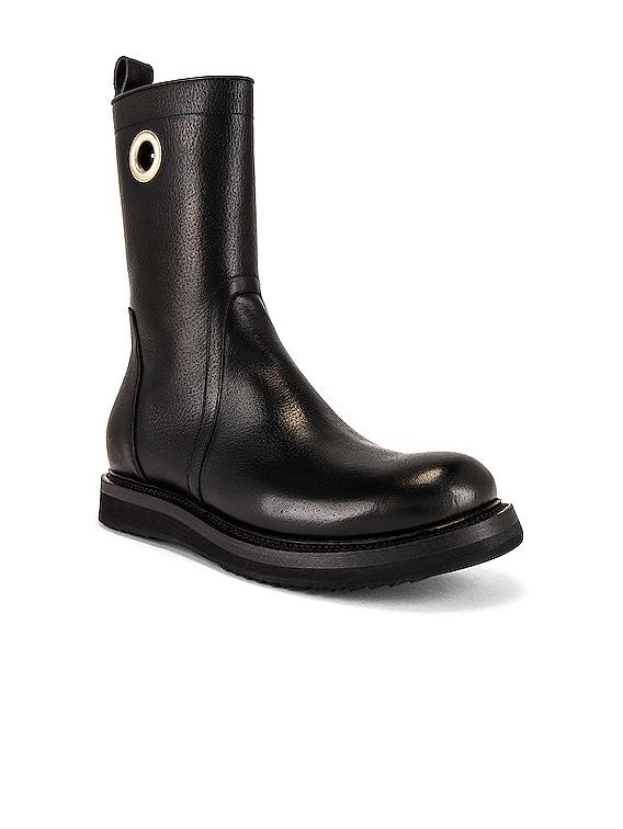 Creeper Boot in Black