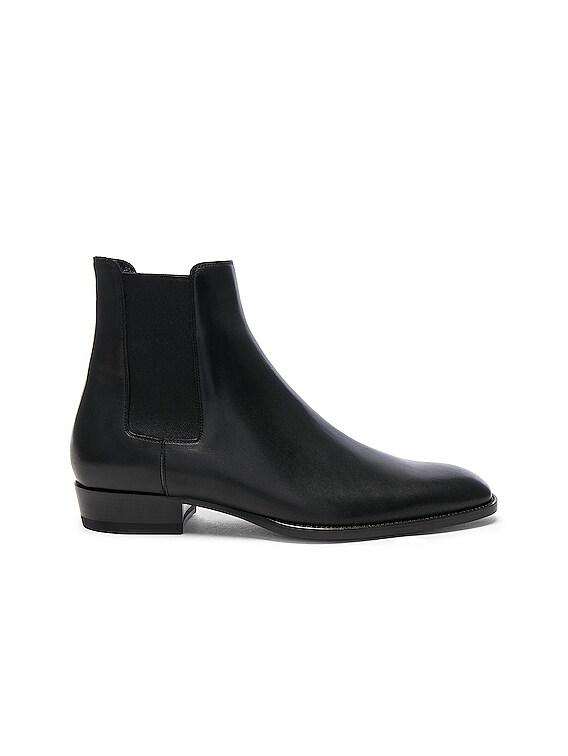 Leather Wyatt Chelsea Boots in Black