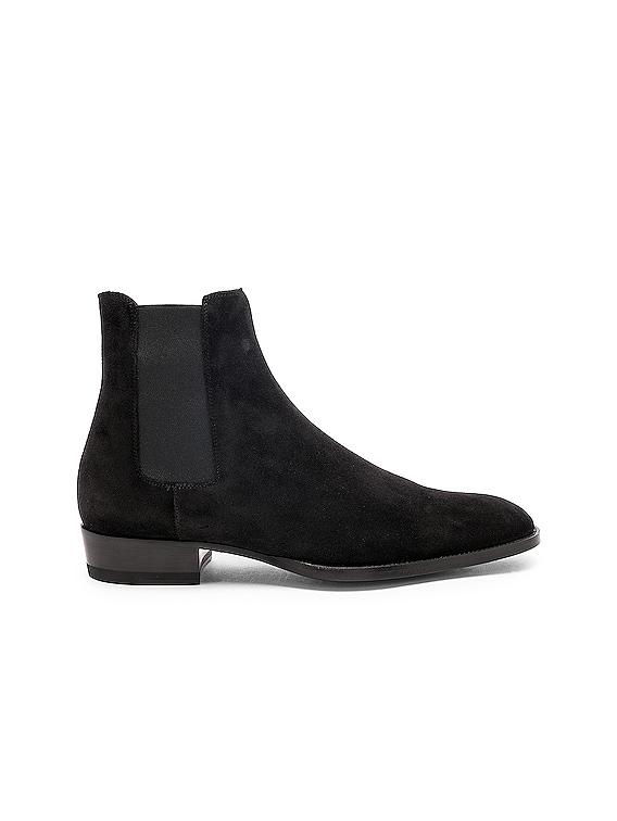 Suede Wyatt 30 Chelsea Boots in Black