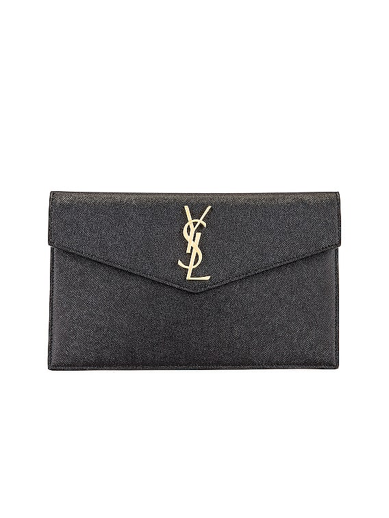 Medium Clutch in Black
