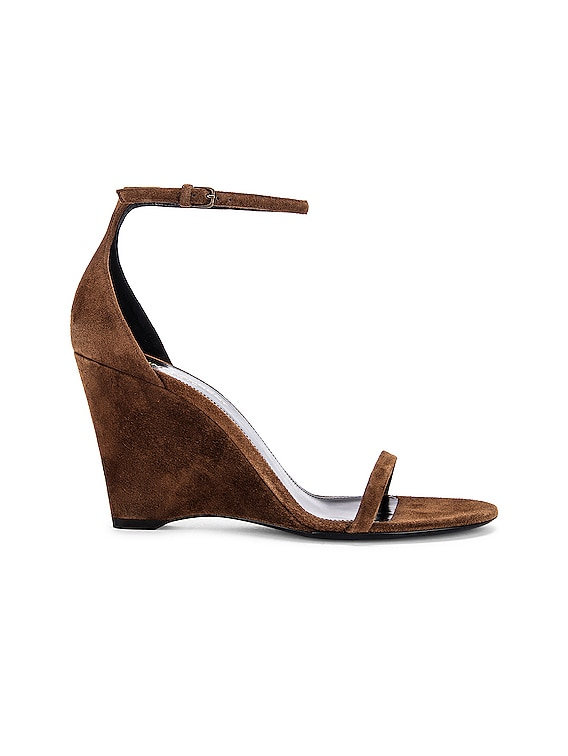 Lila Wedge Sandals in Land