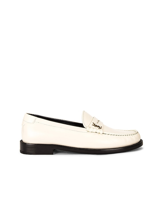 Le Loafer Moccassins in Pearl