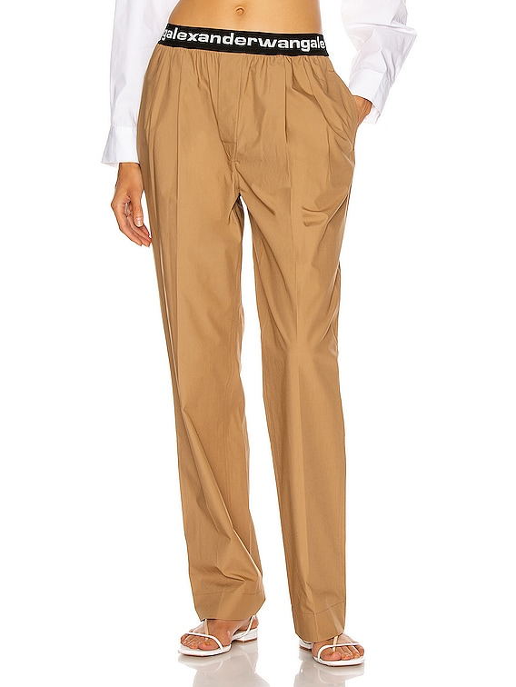 Pull On Logo Pleated Pant in Tobacco