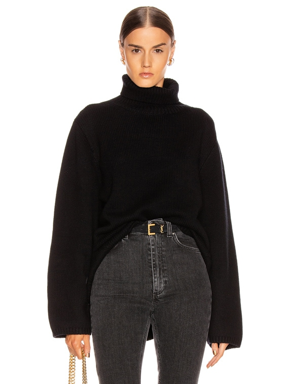Cambridge Sweater in Black