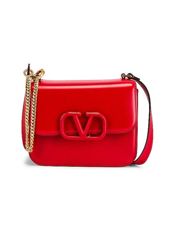 Small Vsling Shoulder Bag in Rouge Pur