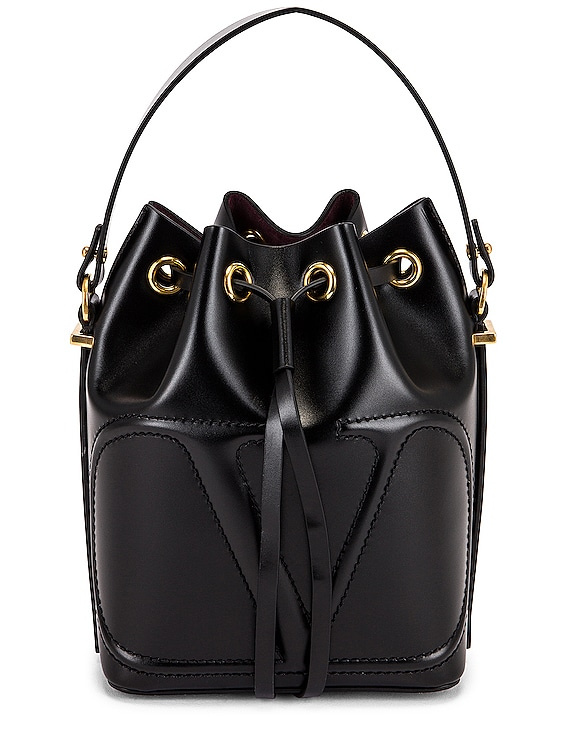 Bucket Bag in Nero