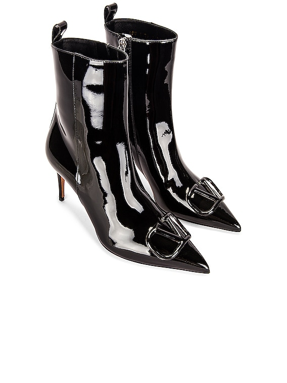 Patent Leather V Boots in Black