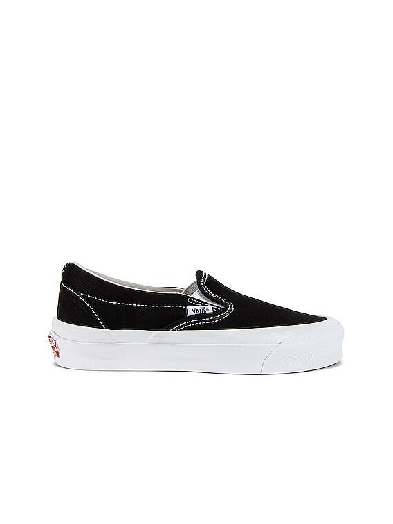 OG Classic Slip-On LX in Black & True White