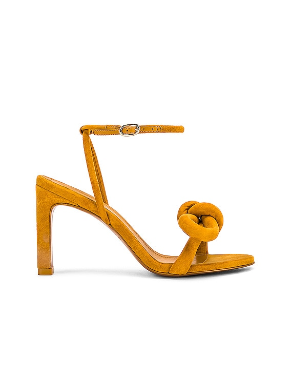 Sculptural Bow Heel in Oro