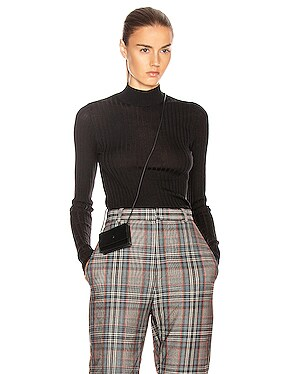 Kulia Sweater